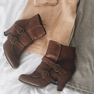 Shoes - 🔸 Heeled Buckle Bootie 🔸
